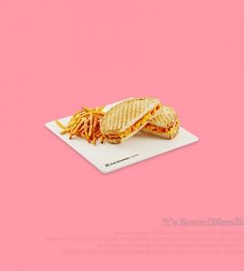 콘 치즈 파니니(토마토)